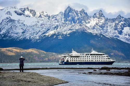 Cruise Patagonia: Tierra del Fuego and Cape Horn