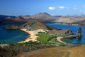 what is the best galapagos island to visit bartolome