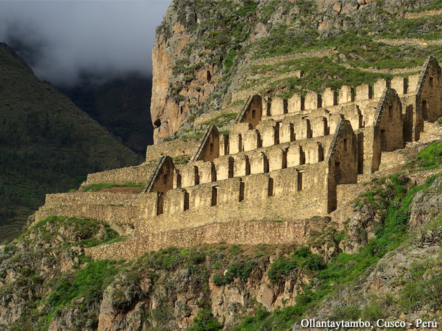 Tour of the Sacred Valley of the Incas - Ollantaytambo